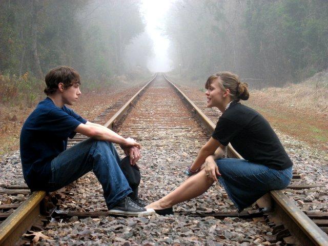 http://successiontoday.com/wp-content/uploads/2011/02/deeper-conversation.jpg